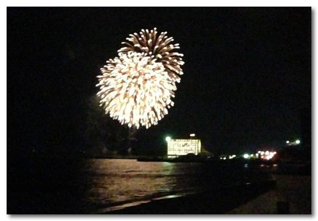 恩納村の花火